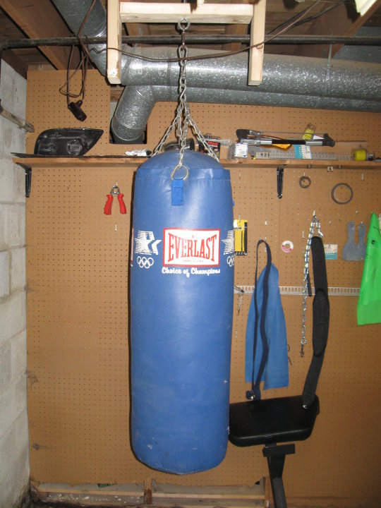 home_gym_heavybag